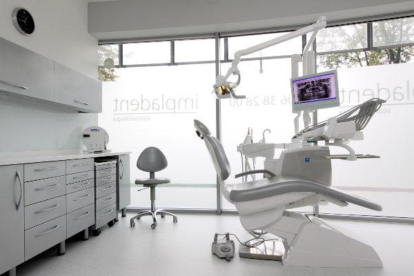 klinika_impladent