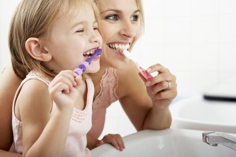 stomatolog-dzieciecy-warszawa-impladent-czy-warto-leczyc-zeby-mleczne