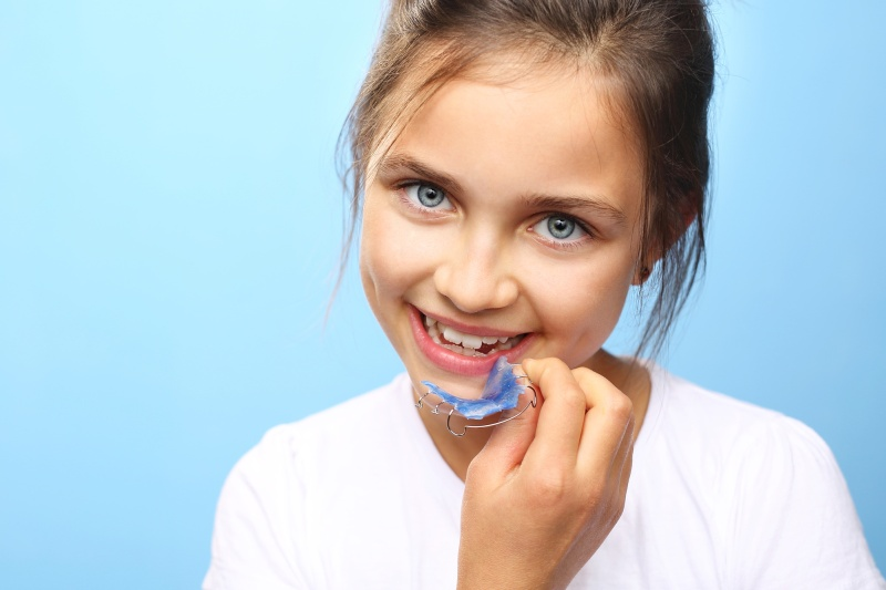 leczenie-ortodontyczne-dzieci-jaki-aparat-ortodontyczny-dla-dziecka-ortodonta-warszawa.