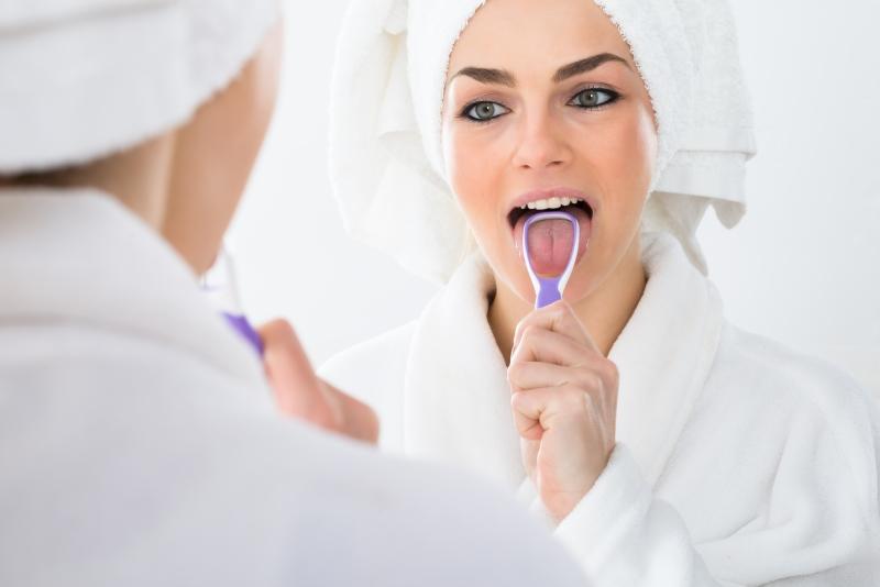 nieświeży oddech jak sie go pozbyc stomatolog warszawa radzi